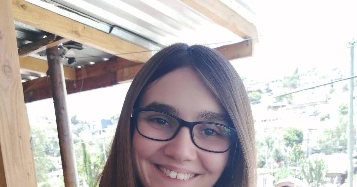 ALMUDENA MOLINA GARCIA - Alex Florentine, autora